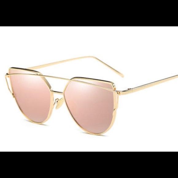 e1cbb32a3d0b Oversized Pink Mirrored Gold Frame Glasses